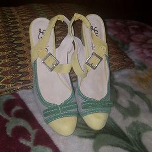 Lirio of Portugal heels